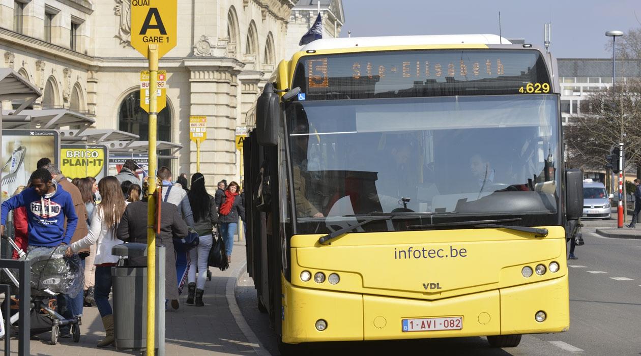 Deux vagues d'enquêtes dans les bus